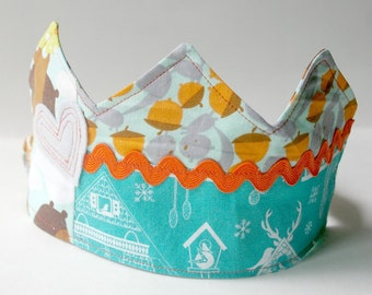 Bear Birthday Crown: Patchwork Fabric Dressup Toy for Kids Age 2 and Up