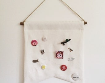 Pin Saver Banner / blank wall hanging banner pennant flag, home decor, linen, fabric pin board button display
