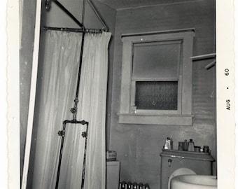 vintage photo 1959 Eerie Noir Betty Bathroom Still Life Interior snapshot photo