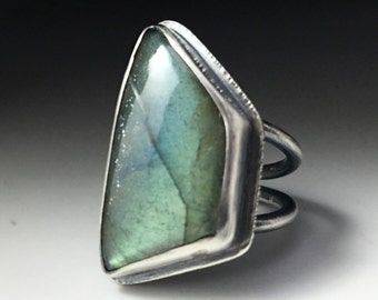 Statement Ring Flashy Top Quality Aqua Green Yellow labradorite in sterling silver wide band modern organic