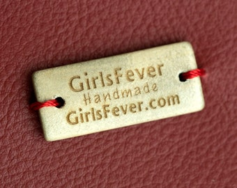 Vintage wooden labels with 2 holes personalized with your own text
