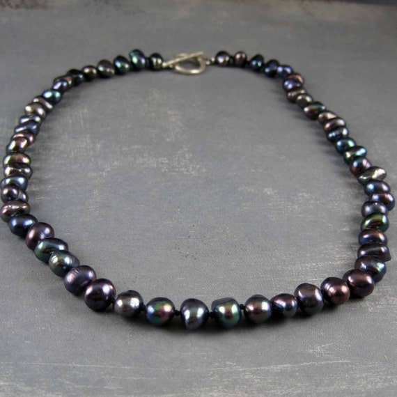 Black pearl necklace, peacock pearls, nugget pearl, hand knotted strand of pearls, black pearl jewelry, Cultured freshwater pearls