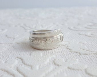 Floral Silverware Spoon Ring from Girl Ran Away with the Spoon
