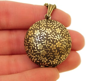 Forget Me Not - Flower Pattern Domed Sphere Round Locket Necklace