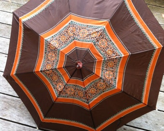 vintage umbrella very cool old umbrella   bought in the UK great pattern