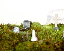 Headstone Picks // Terrarium Element