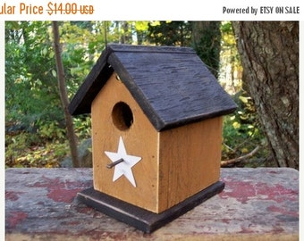 Primitive Birdhouse Honey Mustard Chickadee Wren Cute Songbirds