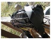 Cylinder VooDoo Pouch - Soft Subtle Black Leather