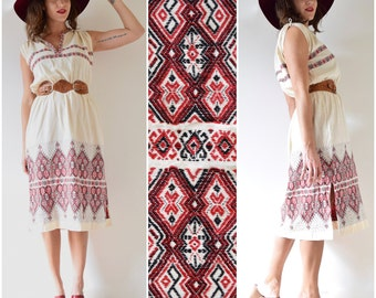 Vintage 60s 70s Embroidered Ivory Cotton Shirt Waist Dress