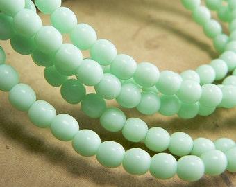 Light Mint Green Czech Glass Beads Round Druk Opaque 4mm (50)
