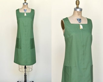 30% OFF 1960s Green Deadstock Dress --- Vintage Shift Dress