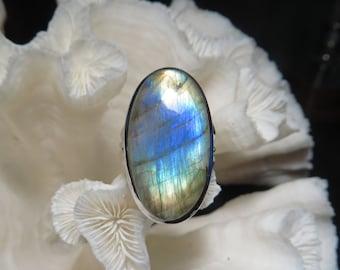 Beautiful Labradorite Ring Size 8.5