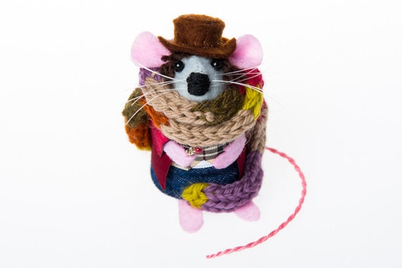Tom Baker Doctor Who Mouse Artisan Ornament felt mouse gift for dr who fan collector gift for boyfriend husband dad men man