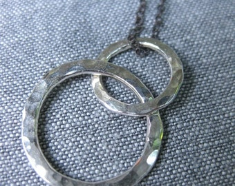 Happy Hammered circles silver necklace