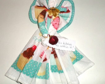 Cupcake Kitchen Angel - Dish Towel Angel - Hanging Kitchen Angel - Cupcake Dish Cloth Set - Housewarming Angel - Pink and Turquoise Blue
