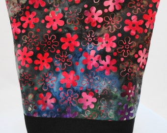 Insulated Lunch Bag by Nana Brown's - Floral Batik
