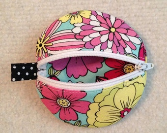 Circle earbud zippy zip pouch coin purse bright floral print