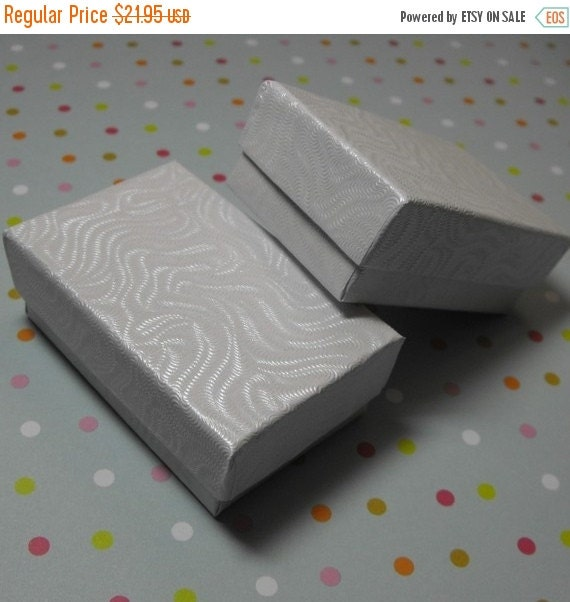 Summer Stock Up Sale 100 Pack of 2.5X1.5X1 Inch Size White Swirl Cotton Filled Jewelry Gift Merchandise Boxes