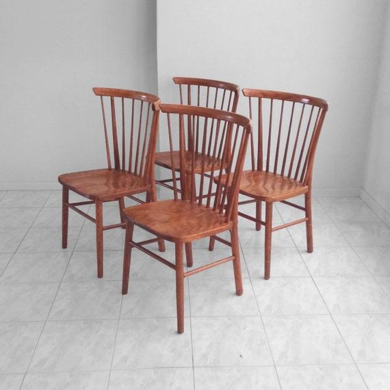 4 Solid Oak Vintage Modern Spindle Back Windsor Dining Chairs