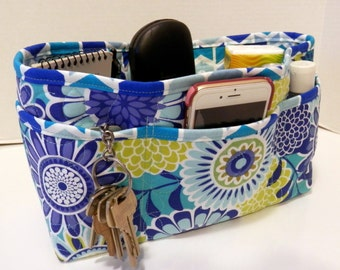 Quilted Purse Organizer Insert With Enclosed Bottom Large - Shades of Blue Bold Floral