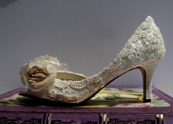 Low Heel Wedding Shoes Vintage Lace Shoes Blush And Ivory