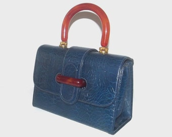 1960s purse / vintage 60s purse / mock alligator / lucite handle / Navy Mock Croc Box Purse with Lucite Handle