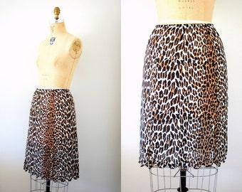 Vintage 60s Vanity Fair Leopard Print Half Slip