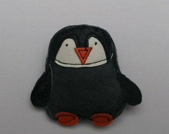 Penguin recycled leather brooch .... WORLDWIDE FREE SHIPPING