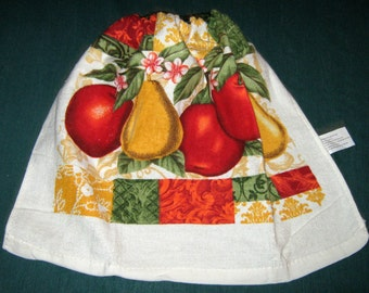 One Kitchen Crochet hanging Towel Apples and Pears, Green top