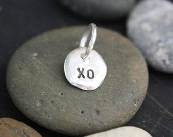 XO pebble pendant