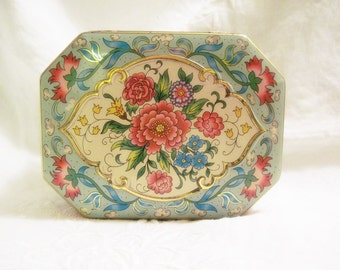 Vintage Tin Box - Daher, Made in England - Cottage Chic Tin