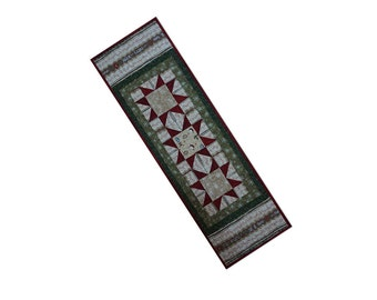 Christmas Holiday Table Runner Quilted Stars Free USA Shipping