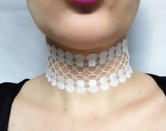 white lace statement choker necklace