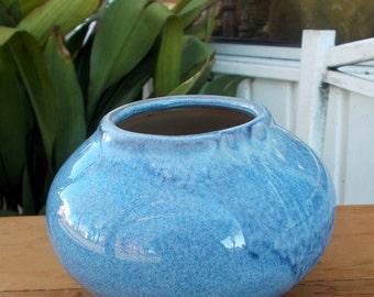 Blue Crystalline Glaze UNMARKED Beautiful Studio Artist Vase