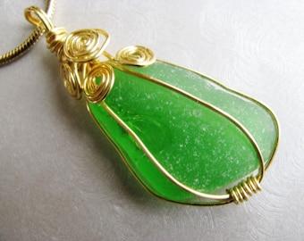 Kelly Green Sea Glass Pendant  - Gold Wire Beach Glass Pendant - Sea Glass -Green and Gold Wire Wrapped - Beach Glass Jewelry - Fancy Wrap