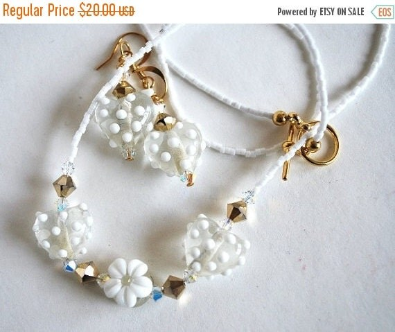 On Sale White Heart Bead Necklace and Matching Earrings, Handmade Jewelry Set, Handmade Beads