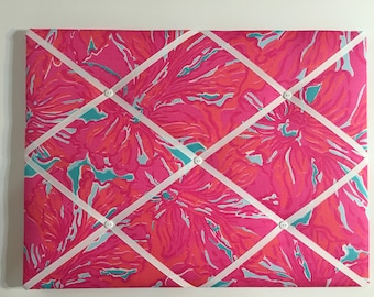 New memo board made with Lilly Pulitzer Sea Blue Flirty fabric