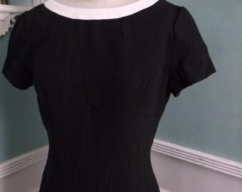 SALE 40% OFF Vintage Black Cocktail Dress. Mad Men Style Elegant Evening Dress.Open Back. Pin Up