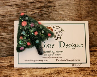 Needle Felted Christmas Tree Pin, Felted Christmas Tree Brooch, Felted Jewelry # 1659