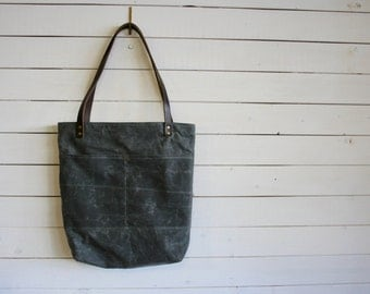Waxed Canvas Everyday Tote Bag in Gray