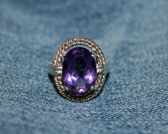 Vintage Amethyst Sterling Silver Ring Big Stone Clear Purple