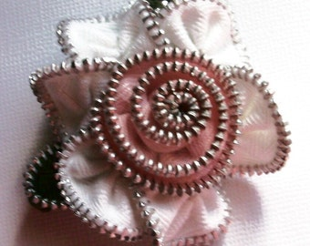 White and Pink Floral Brooch / Zipper Pin by ZipPinning 2869