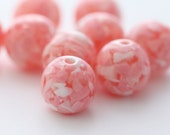 Round Pink and White Confetti Resin Beads 16mm (8)
