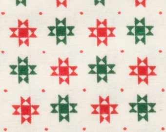 1992 Christmas fabric Natural backgrown with green and red Crosses, 100% cotton, Vintage from Fabric Traditions, 2 yds. Sold by the yard