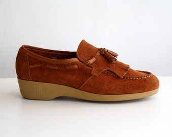 Size 9: Armadillos Brand Cognac Brown Suede Woman's 70's Vintage Loafer Flat Shoes