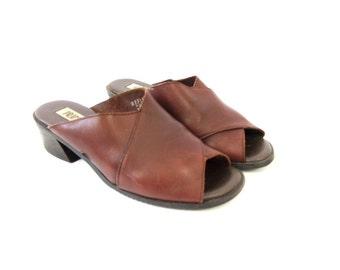 90s Leather Sandals Brown Open Toe Slides chunky Heels Sandals Vintage Mules Shoes Modern Boho Slip On Sandals size 9
