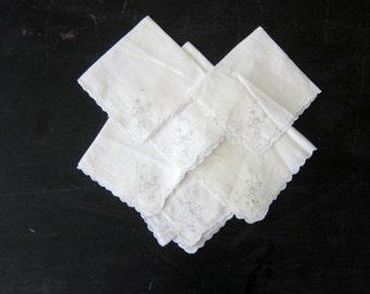 Vintage Hankies white Ladies Handkerchiefs Vintage Lace floral Bouquet Handkerchief Collection Lot of 6 women's gift