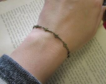 The Lee Bracelet - Tiny Cross Bracelet