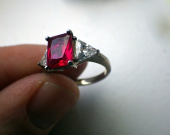 Striking Ruby-like Engagement Ring - Sterling Silver - Size 5