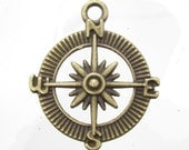 29x25mm Antique Brass Base Metal Compass Charm/pendant - Qty 4 (G408)